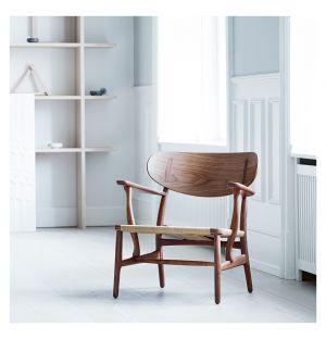 CH22 Chair Oiled Walnut