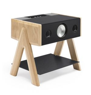 Exclusive Cube Speaker in Oak and Leather