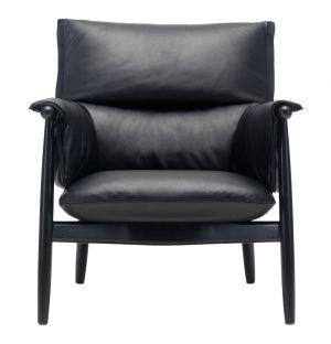 E015 Embrace Lounge Chair Black Lacquered Oak