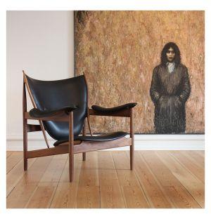 Chieftain Chair Walnut & Black Leather