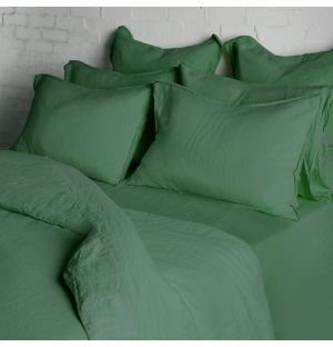 Laurel Bed Linen Collection