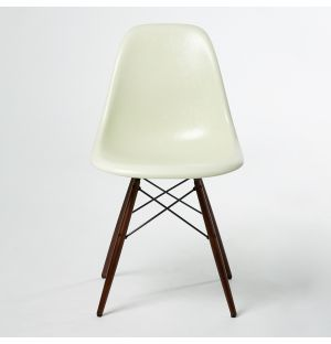 DSW Fiberglass Side Chair Parchment & Dark Maple