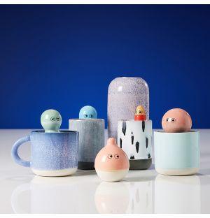Assorted Porcelain Familia