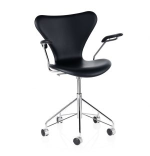 Series 7 3217 Swivel Chair Essential Leather Black