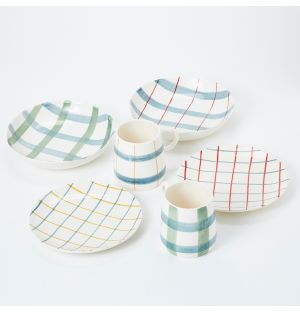 Pintura Checked Dinnerware Collection