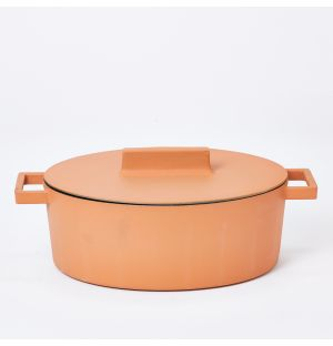 Terra.Cotto Oval Casserole Pot With Lid in Curry