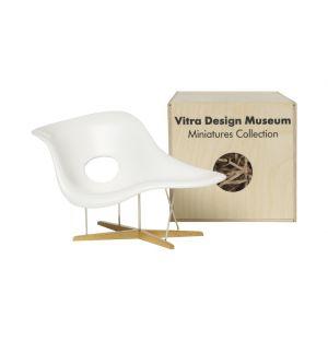 Miniature Eames La Chaise