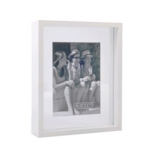 Fine Floating Box Frame White 25cm x 20cm