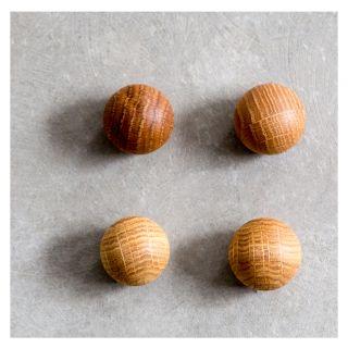 Ball Magnets 4 Pack Oak